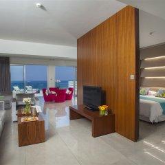 King Evelthon Beach Hotel & Resort 5* Люкс с различными типами кроватей фото 2