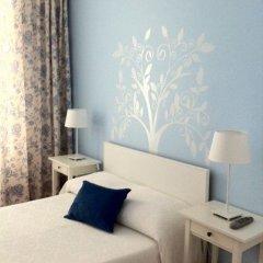 Отель Pensão Flor da Baixa 2* Стандартный номер с различными типами кроватей