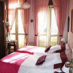 Отель Álvares Cabral Guest House 3* Номер Эконом разные типы кроватей (общая ванная комната)