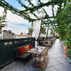Gramercy Park Hotel терраса/патио