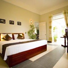 Отель The Moon Villa Hoi An 2* Стандартный семейный номер с различными типами кроватей