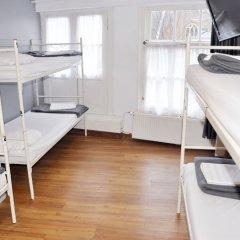 Отель Travel 2* Кровать в общем номере фото 5