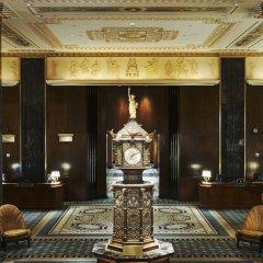 Отель Waldorf Astoria New York Нью-Йорк лобби