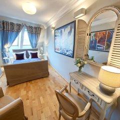 Отель SleepWalker Boutique Suites 3* Улучшенные апартаменты с различными типами кроватей фото 3