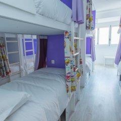 Golden Tram 242 Lisbonne Hostel Кровать в общем номере двухъярусные кровати