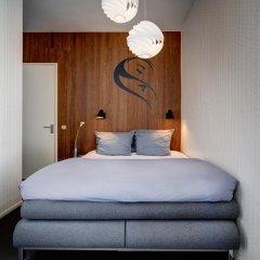 Hotel V Frederiksplein 3* Стандартный номер с различными типами кроватей фото 4