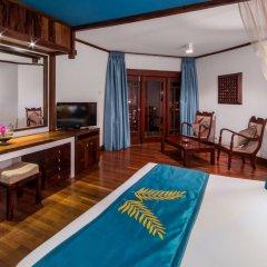 Royal Palms Beach Hotel 4* Номер Делюкс с различными типами кроватей