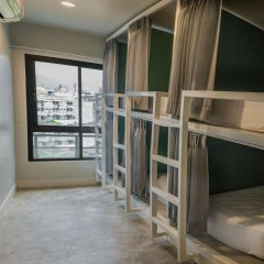 Yaks House Hostel Кровать в общем номере