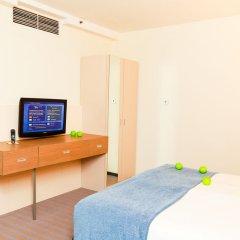 Гостиница Холидей Инн Московские ворота комната для гостей фото 4