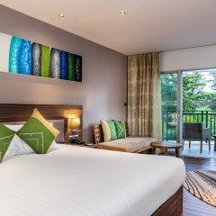 Отель Novotel Phuket Karon Beach Resort & Spa 4* Номер Делюкс