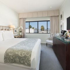 Luxe Hotel Rodeo Drive 4* Номер Делюкс с различными типами кроватей
