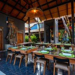 Отель Ananta Thai Pool Villas Resort Phuket ресторан