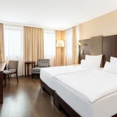 Отель NH Danube City 4* Улучшенный номер с различными типами кроватей