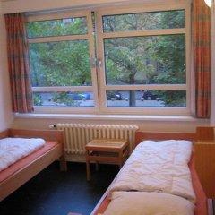 Отель Jugendherberge-Berlin-International Стандартный номер с 2 отдельными кроватями
