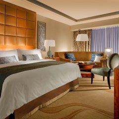 Отель Conrad Macao Cotai Central Номер Делюкс с различными типами кроватей