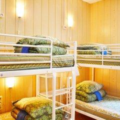 Хостел-П Кровать в женском общем номере с двухъярусной кроватью