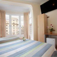 Отель Hostal Felipe 2 Стандартный номер с различными типами кроватей