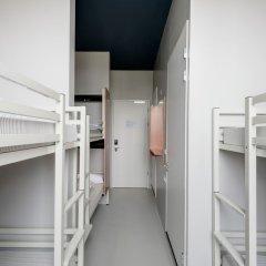 ClinkNOORD - Hostel комната для гостей фото 13