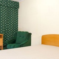 Гостиница Казацкий на Антонова 2* Стандартный номер с 2 отдельными кроватями