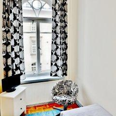 Hostel Diana Park Стандартный номер с 2 отдельными кроватями (общая ванная комната)