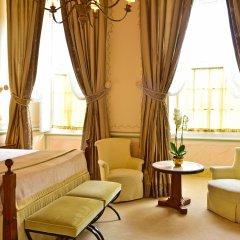 Отель Tivoli Palácio de Seteais 5* Улучшенный номер разные типы кроватей