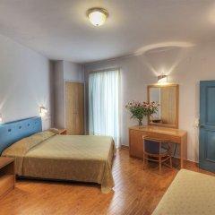 Отель Iniohos Hotel Греция, Афины - 3 отзыва об отеле, цены и фото номеров - забронировать отель Iniohos Hotel онлайн комната для гостей