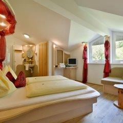 Отель Landhaus Strasser 3* Стандартный номер с различными типами кроватей фото 2