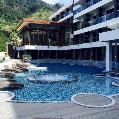Отель Yama Phuket открытый бассейн