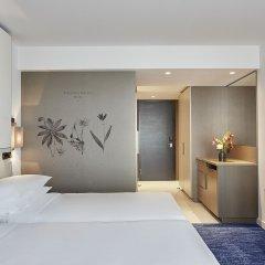 Отель Hyatt Regency Amsterdam Стандартный номер с различными типами кроватей фото 3