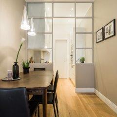 Апартаменты Hintown Apartments Montenapoleone Милан в номере