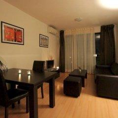 Апартаменты New Line Village Apartments комната для гостей фото 5