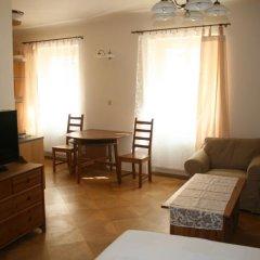 Апартаменты Apartment Stare Mesto Anenska Апартаменты с различными типами кроватей