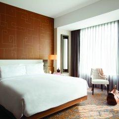 Отель The Langham, Shanghai, Xintiandi комната для гостей