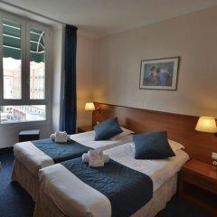 Hotel Univers комната для гостей