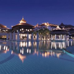 Отель Anantara The Palm Dubai Resort открытый бассейн