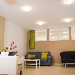 Апартаменты Holidays2Malaga Juan de Mena Apartments комната для гостей фото 7
