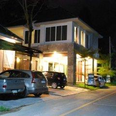 Отель Laila Pool Village парковка