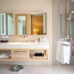 Отель Holiday Inn Resort Phuket Mai Khao Beach 4* Номер Делюкс разные типы кроватей фото 4