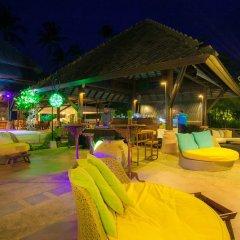 Отель Fair House Villas & Spa Самуи бар у бассейна