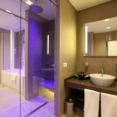 DoubleTree by Hilton Hotel Yerevan City Centre ванная фото 2