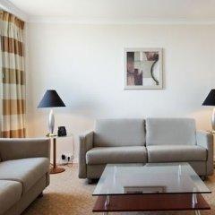 Отель Hilton Düsseldorf 5* Люкс с двуспальной кроватью