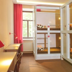 Хостел Привет Кровать в женском общем номере двухъярусные кровати фото 9
