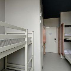 ClinkNOORD - Hostel Амстердам комната для гостей фото 8