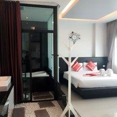 Отель PJ Patong Resortel комната для гостей фото 12