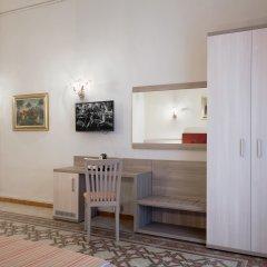 Отель Domus Napoleone 3* Номер Делюкс с различными типами кроватей фото 2