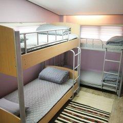 Отель Soo Guesthouse 2* Стандартный семейный номер с двуспальной кроватью