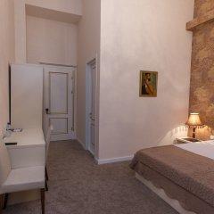 Апарт-Отель Rustaveli Улучшенный номер с двуспальной кроватью