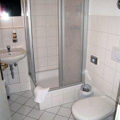 Hotel Amelie Berlin 3* Стандартный номер с различными типами кроватей фото 6