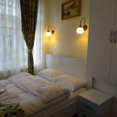 Отель Tulip Guesthouse 2* Стандартный номер с двуспальной кроватью (общая ванная комната)