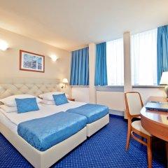 Hotel Central 3* Номер Комфорт с 2 отдельными кроватями